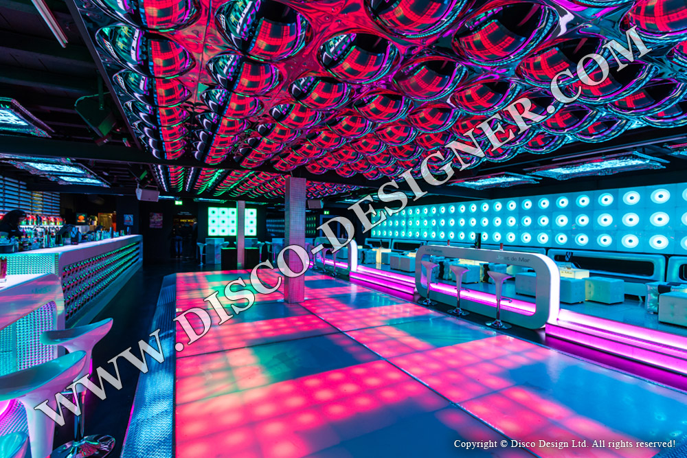 Club design project switzerland 2012 pictures and 3d for Designer com