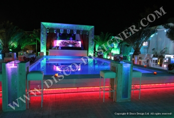 disco club beach