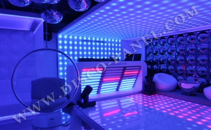 led-ceiling-club